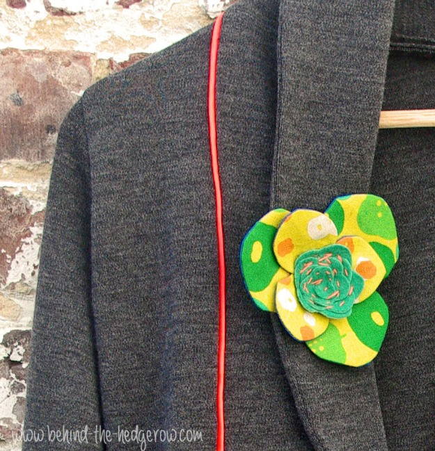Julia Cardigan by Mouse House Creations // Behind the Hedgerow